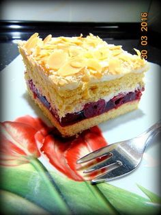 Date and nut cake - HQ Recipes Polish Desserts, Polish Recipes, Sweet Recipes, Cake Recipes, Dessert Recipes, Poland Food, Kolaci I Torte, Different Cakes, Salty Cake