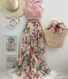 Coisas para usar bela Amo esses modelos 😍 Don't Forget Your Garden When It Comes To Home Insur Skirt Outfits, Chic Outfits, Spring Outfits, Dress Skirt, Girl Fashion, Fashion Dresses, Womens Fashion, Look Star, Indian Skirt