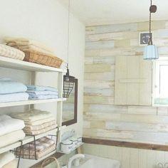 あなたのおうちのサニタリーのタオルは、どんな風に収納していますか。その収納の方法に、悩みはありませんか?タオルの収納は、きちんと整理された美しいサニタリーを作る大きなポイントです。RoomClipのタオル収納の実例から、あなたのタオル収納のやり方を見直してみませんか。