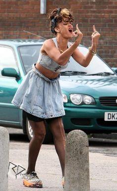 Rihanna We Found Love Video Moda Rihanna, Rihanna Mode, Rihanna Riri, Rihanna Style, Bad Girl Aesthetic, Aesthetic Vintage, We Found Love, Bad Gal, Mood Pics