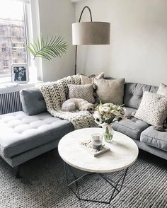 Cool 90 Fabulous Modern Minimalist Living Room Layout Ideas The post 90 Fabulous… – Living Room Inspiration – Living Room Ideas Lounges, Cozy Living Rooms, Home And Living, Living Room Decor Grey Couch, Lamps In Living Room, Condo Living Room, Apartment Living Rooms, Living Area, Bedroom Decor