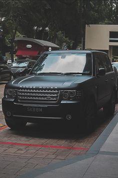 Matte Black Range Rover pic.twitter.com/OqHQU8yuZj