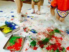 Pitturare con i piedi