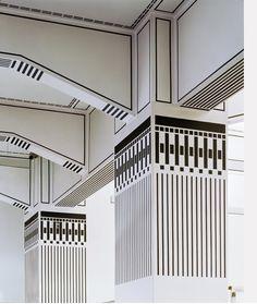 architectural stripes | black and white stripe columns