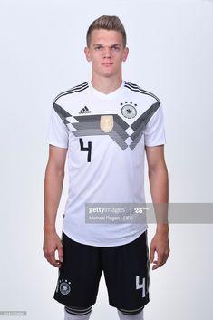 Fotografia de notícias : Matthias Ginter of Germany pose for a photo... Fifa World Cup, Germany, Poses, Adidas, Mens Tops, T Shirt, Portraits, Fashion, Soccer