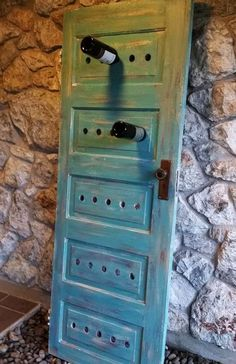 It& so easy to build your own wine rack yourself- So einfach kann man ein eigenes Weinregal selber bauen diy wine rack painted out of wooden door in blue - Old Door Projects, Wood Projects, Woodworking Projects, Woodworking Furniture, Old Doors, Wine Storage, Diy Wine Racks, Record Storage, Shabby Chic Homes