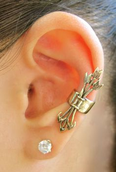 Marty Magic Store - Bronze Quiver and Arrows Ear Cuff, $22.00 (http://www.martymagic.com/bronze-quiver-and-arrows-ear-cuff/)