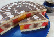 Punčový dort +videorecept | Recepty a videorecepty Slovak Recipes, Czech Recipes, Russian Recipes, Ethnic Recipes, Torte Cake, Holiday Cakes, Tiramisu, Ham, Cake Recipes