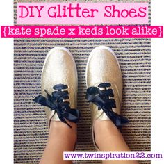 These shoes look just like the Keds x Kate Spade Champion Glitter Shoes, but cost a whole lot less. Free tutorial with pictures on how to decorate a pair of glitter shoes in under 60 minutes by decorating with shoes, decoupage glue, and painter's tap. Glitter Shirt, Red Glitter, Gold Glitter Shoes, Glitter Outfit, Glitter Canvas, Bling Shoes, Keds Shoes, Glitter Boots, Glitter Lips