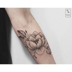 | flo wer | @marla_moon #tatuando