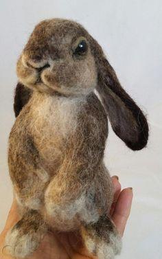 OOAK Needle Felted Realistic Bunny Rabbit by Tatiana Trot. Felt Fox, Felt Bunny, Felt Birds, Baby Bunnies, Bunny Rabbit, Needle Felting Kits, Needle Felting Tutorials, Needle Felted Animals, Wet Felting