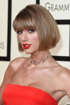 2016 Grammy Awards Celebrity Hairstyles & Makeup: Taylor Swift  #beauty #hair #makeup