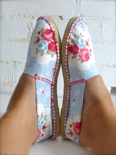 DIY handmade shoes - sew and make your own espadrilles as a gift
