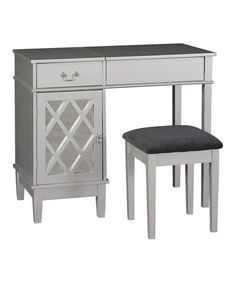 Silver Lattice Vanity Set-  This would make a wonderful gift. (hint hint)