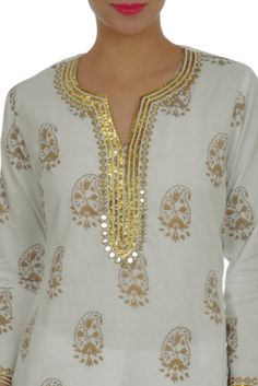 Gold Sequin Beads and Mirror Work Embroidered Foil Print Suit Neckline Designs, Dress Neck Designs, Mirror Work Kurti, Pattern Ideas, Patterns, Suit Pattern, Printed Kurti, Boutique Ideas, Feminine Style