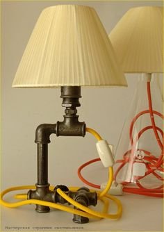 Table lamp with E14 lampholder. Wite switcher on cord.