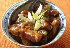 Mongol sertéshús Wok, Sausage, Bacon, Beef, Meals, Chicken, Cooking, Recipes, Cook Books