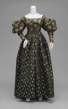 1825-1830 Woman's silk dress in two parts, American, via the Museum of Fine Arts, Boston