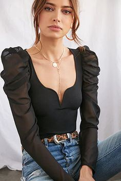 Wonderful outfit idea to copy ♥ For more inspiration join our group Amazing Things ♥ You might also like these related products: - Tops & Tees ->. Classy Outfits, Pretty Outfits, Stylish Outfits, Fashion Outfits, Rocker, Body Suit Outfits, Looks Black, Rock Chic, Monochrom