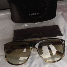Tom Ford 'Kristen Aviator' Sunglasses Tortoise shell color.. Only been worn a few times still in great condition Tom Ford Accessories Sunglasses