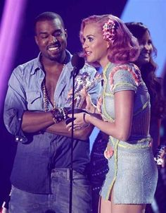 Kanye West et Katy Perry  man i want a ombre western denim shirt soooo bad!!! totally a DIY project but sheesh i can t find a shirt