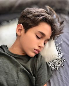 Hairstyles For Kids Boys Year Old Cute 13 Year Old Boys, Young Cute Boys, Cute Teenage Boys, Teen Boys, Kids Boys, Teenage Boy Fashion, Boys Fall Fashion, Cute Kids Fashion, Kids Hairstyles Boys