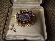 Antique Georgian / Victorian  mourning seed pearl Amethyst 15ct gold brooch