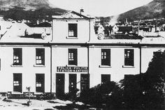 The Police Station in Wale Street, Old Pictures, Old Photos, Vintage Photos, Police Station, Most Beautiful Cities, Historical Pictures, Cape Town, Old Houses, Wales