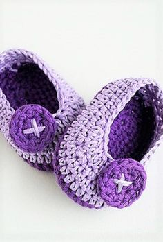 [Free Pattern] These Adorable Crochet Baby Booties Are Perfect For Tiny Little Baby Feet