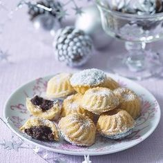 kokosové košíčky Christmas Sweets, Christmas Baking, Christmas Cookies, Low Carb Lunch, Low Carb Breakfast, Low Carb Desserts, Low Carb Recipes, Healthy Recipes, Low Carb Brasil
