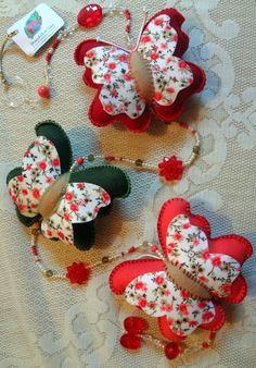Brinquedo de Pano - Móbile Decorativo - Borboletas Floral (Rosa - Verde Musgo - vermelho)