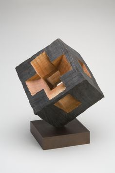 Jack Slentz, On the Edge, 2002. Red oak. Courtesy Yale University Art Gallery