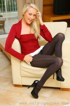 Only Opaques – Lucy In Patterned Pantyhose - http://bukumodels.com/wordpress/blog/only-opaques-lucy-in-patterned-pantyhose/