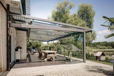 Glasschiebetüren Unter Dem Terrassendach Machen Sie Wetterunabhängig. Die  Originale Stehen In Unserer Ausstellung In 46562