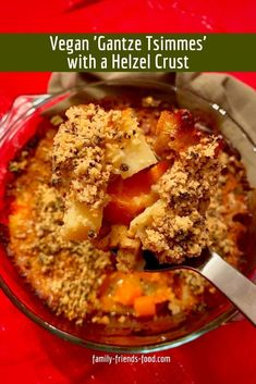 This 'gantze tsimmes' is a rich vegan carrot stew, baked under a tasty savoury crumble topping. It's perfect for Rosh Hashanah or any time. #vegan #jewish #tzimmes #helzel #roshhashanah #jewishnewyear #yomtov #shabbat #dinner #recipe #jewishfood Vegan Comfort Food, Kosher Recipes, Yummy Food, Tasty, Crumble Topping, Jewish Recipes, Rosh Hashanah, Vegetarian Recipes, Favorite Recipes