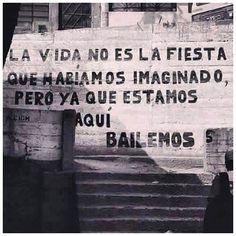 #bailemos #fiesta#love#morning#picture#photooftheday#likeforlike#followforfollow#followme#versagram#awesome#amazing#quotes#streetart#poetry#behappy#blackandwhite#scrivilosuimuri by sissiari