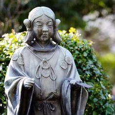 Statue of Sugawara no Michizane the scholar who is enshrined at the Tenjin/Tenmangu shrines #shrine #Japan #Japon #Tokyo  #travel #travelgram #travelphotography #instatravel #instagood #photooftheday #fujifilm_xseries #fujifilm #fujixt1 #bokeh #GrittyMonkey #igersjp #ig_japan #igers #ig_nihon #photowalk #wu_japan #shinto #shintoshrine (by balbo42)