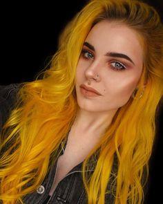 Yellow Hair Dye, Purple Hair, Ombre Hair, Beautiful Hair Color, Rainbow Hair, Pretty Hairstyles, Hair Inspo, Hair Trends, Hair Goals