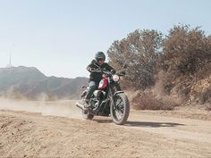 Újabb álomgép érkezik - A Yamaha bemutatja az új SCR950-et