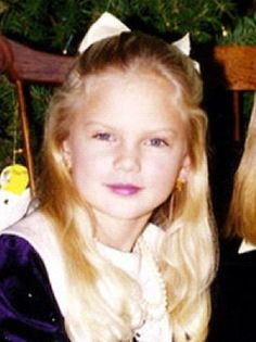 ♡♥Taylor Swift as a girl♥♡ Taylor Swift Songs, Taylor Swift Childhood, Young Taylor Swift, Photos Of Taylor Swift, Baby Taylor, Taylor Swift Fan, Taylor Alison Swift, Celebrity Baby Pictures, Celebrity Babies