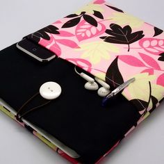 {inspiration} iPad case, iPad cover, iPad sleeve with 2 pockets, PADDED - Pink, Yellow and Black Leaves. via Etsy.