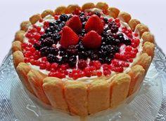 Denny Chef Blog: Charlotte ai frutti rossi con bagna all'Alchermes
