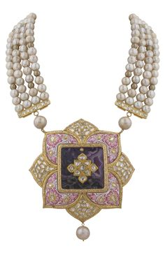 Pearls and kundan, a match made in heaven :-)