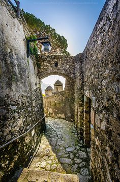Ravello ~ is a town perched on the cliffs above the Amalfi Coast and is famous for its views and its gardens. Ravello is a peaceful historic village popular with tourist and honeymooners, Italy