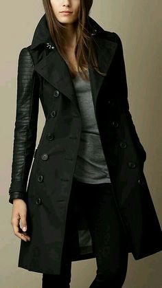 Schwarz Trenchcoat mit Leder- und Nietendetail - Bild 1 Black trench coat with leather and rivet det Fashion Mode, Look Fashion, Winter Fashion, Fashion Outfits, Lolita Fashion, Fashion Boots, 50 Fashion, Fashion Styles, Fashion Clothes