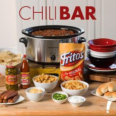 Your game day guests are sure to be impressed. The possibilities are endless whe… Your game day guests are sure to be impressed. The possibilities are endless when you prepare this delicious chili bar for the big game. Chili Bar Party, Super Bowl Party, Candy Bar Decoracion, Game Night Food, Food Game, Game Day Snacks, Super Bowl Essen, Slow Cooker Chili, Chili Cook Off