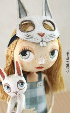alice masquée 🐰 Alice Masqued by chloe remiat paper dolls poupée rabbit lapin blanc Paper Mache Clay, Paper Mache Crafts, Clay Art, Textile Sculpture, Paper Mache Sculpture, Ooak Dolls, Art Dolls, Art Antique, Paperclay