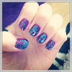 "37 Likes, 1 Comments - HAIR & MAKEUP BY KAYLA BOYER (@kayla_boyer) on Instagram: ""My rock star nails 💙#sunchangingnailpolish #blueglitter #purple"""