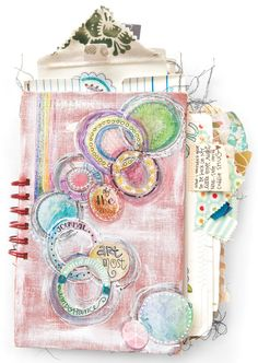 I love making junk journals!!!!!!!     Mini Junk Journal Project with Guest Artist Lindsay Ostrom