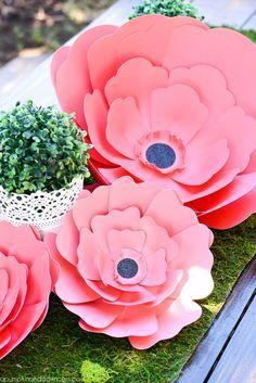 DIY: flores de papel de diferentes tamanhos